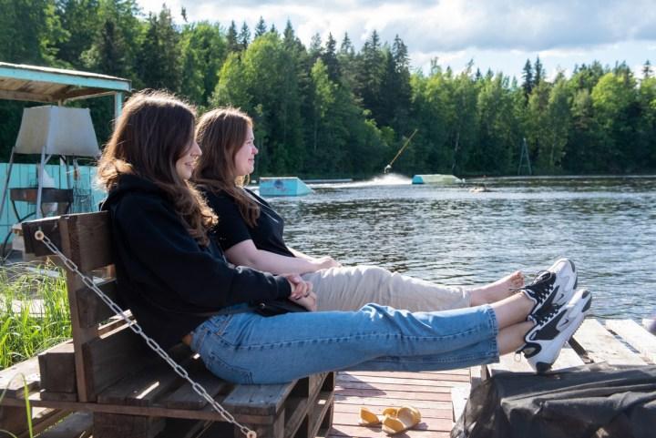 вейк, озеро, девушки