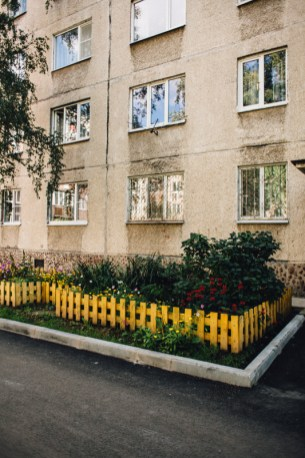 кукковка, балтийская, клумба, подъезд, петрозаводск, благоустройство, карелия, ремонт, двор, аллея, придомовая территория, комфортная городская среда