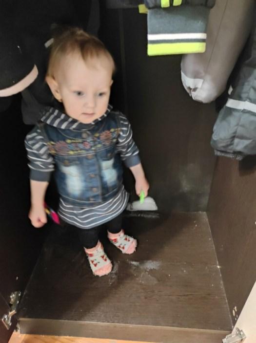 Ребенок в плохих условиях