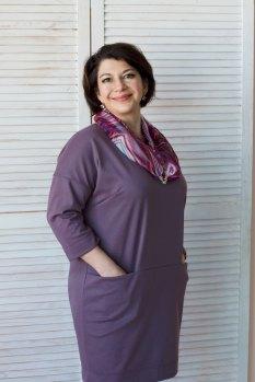 учительница химии и биологии Ольга Новожилова
