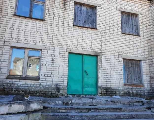 Неотапливаемое общежитие в Шуньге