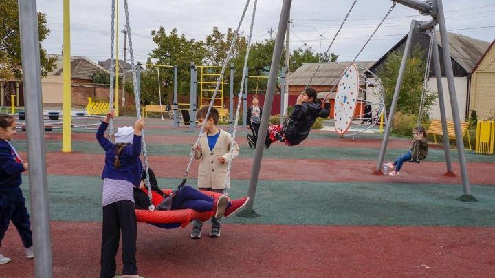 детская площадка чечня