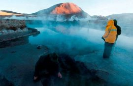69-Year Old Tourist Falls Into Boiling Geyser While Trying To Take A Selfie
