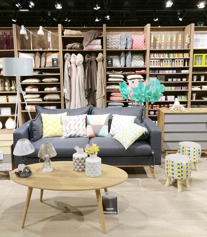La firma francesa maisons du monde lanza su nuevo catálogo indoor para este 2021 repleto de interesantes novedades con las que dar vida y personalidad a nuestro hogar. Shopping At Maisons Du Monde