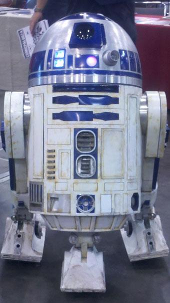 R2-D2 at Comic Palooza