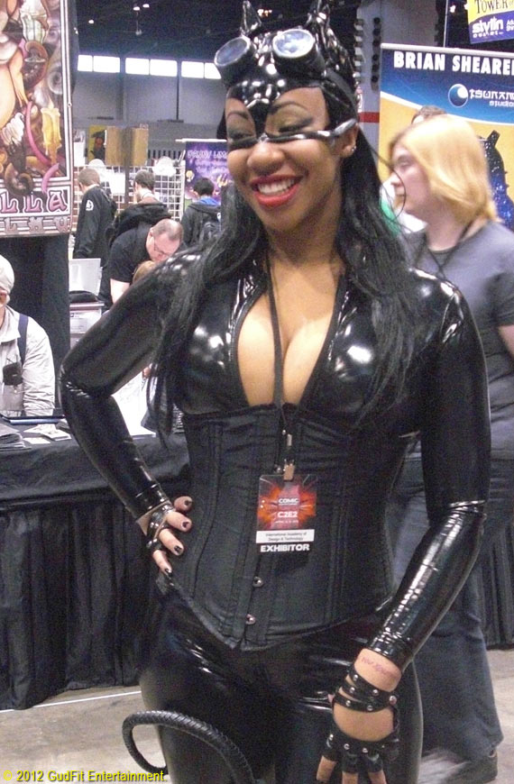 C2E2 - Sexy CatWoman - GudFit Entertainment