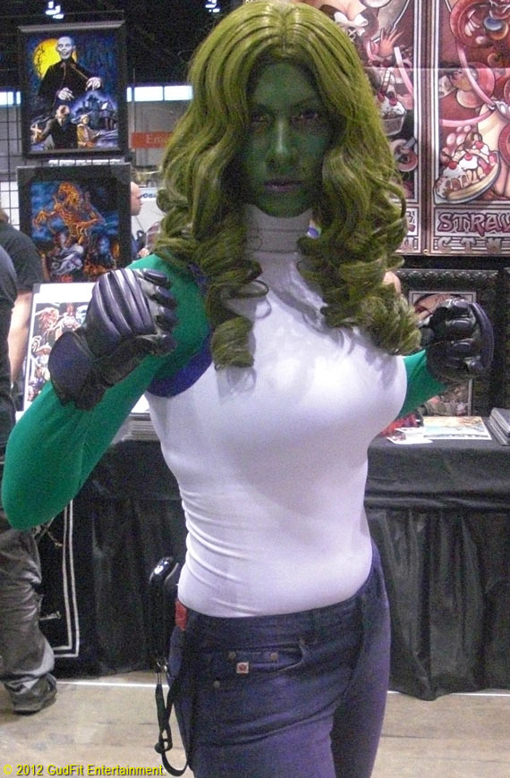 C2E2 - She Hulk - GudFit Entertainment