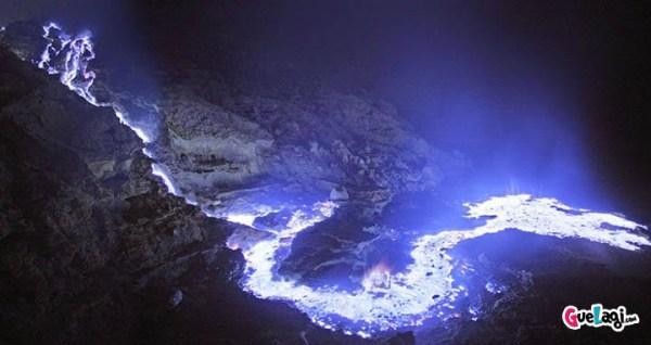 fenomena alam kawah ijen