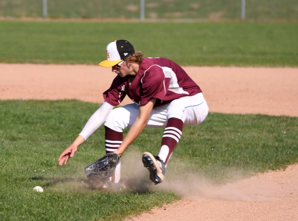 Photos: District 4/10 high school baseball