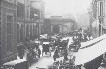 Market Square was a bustling place even before the days of the motor. A scene from the turn of the 19th Century