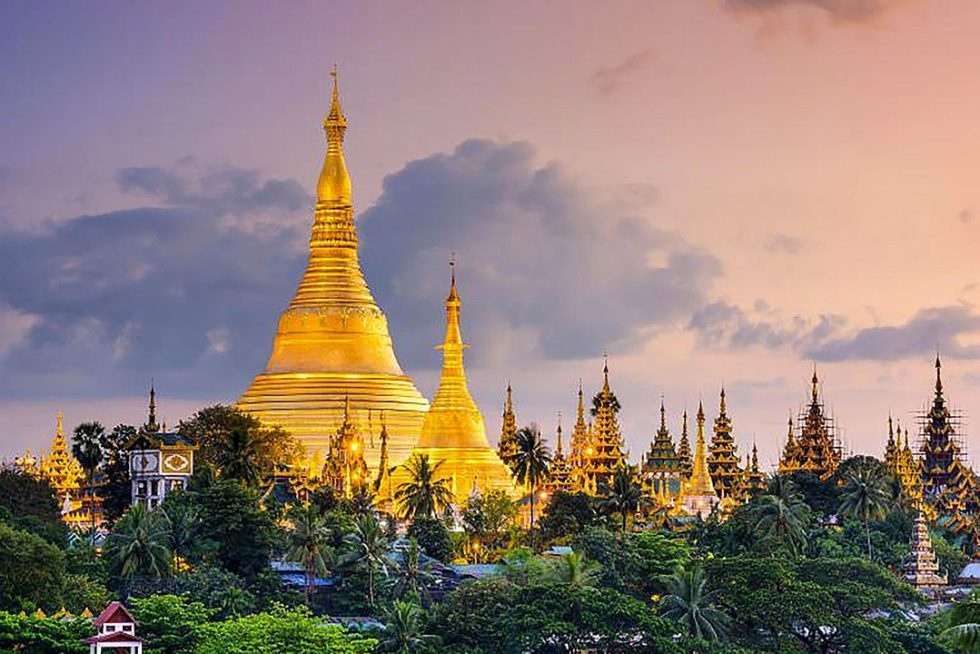 Swedagon Pagoda in Yangon/Rangoon
