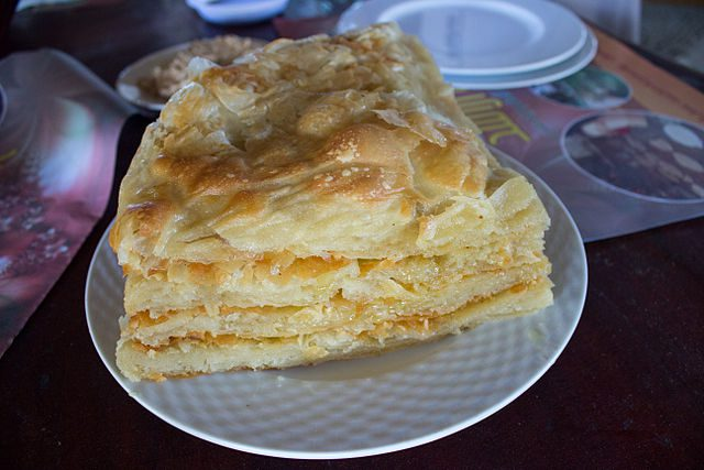 Feteer meshaltet is a flaky Egyptian layered pastry. Some of the fillings maybe be cheese, nutella, chocolate, or coconut.