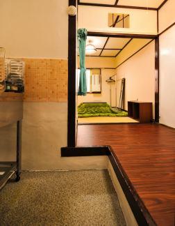 orange-room1-7