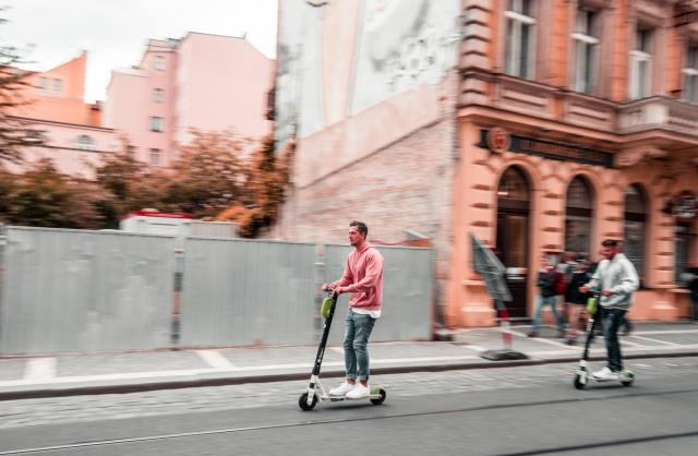electric-scooter-safety