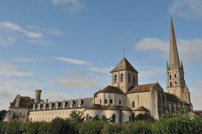 Abadía de Saint-Savin-sur-Gartempe