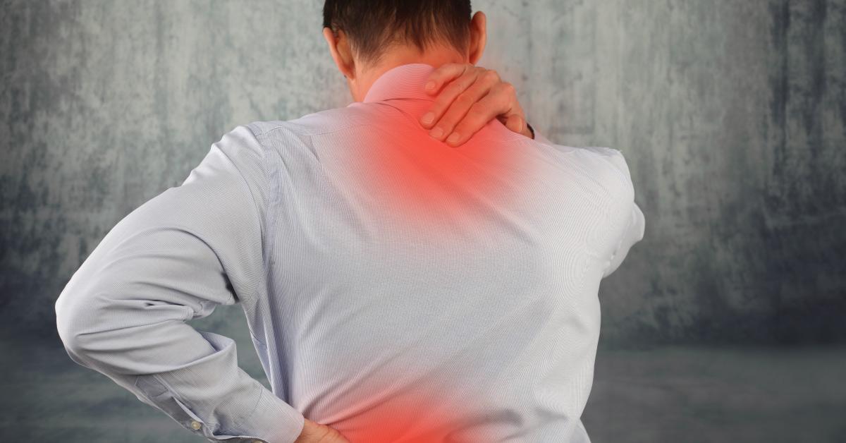 dor nas costas tensão muscular perna