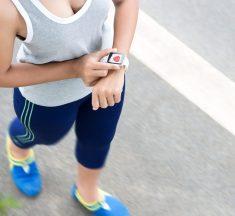 Apple e Eli Lilly usam iPhone e Apple Watch para identificar sinais de Alzheimer e demência