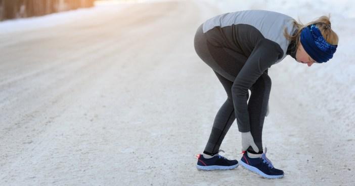 Quanto tempo manter a perna elevada após a fratura