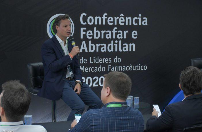 febrafar-e-abradilan-debatem-futuro-do-mercado-farmacêutico-em-conferencia