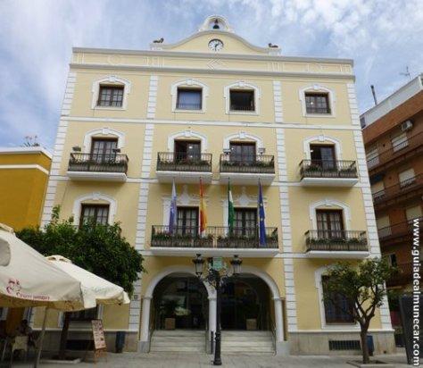 Edificio del Ayuntamiento de Almuñécar, Plaza de la Constitución.
