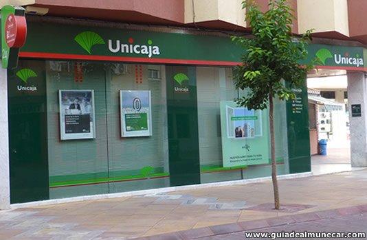 Unicaja Banco en Almuñécar.