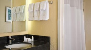 Fairfield Inn & Suites by Marriott Orlando Lake Buena Vista in the Marriott Village Foto 11