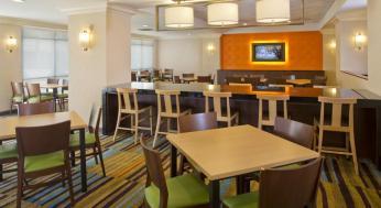 Fairfield Inn & Suites by Marriott Orlando Lake Buena Vista in the Marriott Village Foto 24
