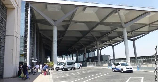 Parking en el Aeropuerto de Málaga Costa del Sol.