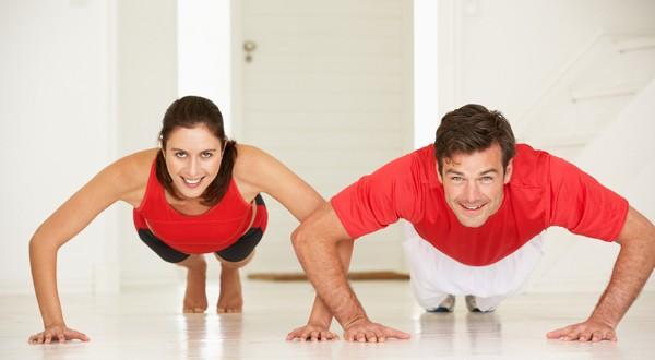 Muscula%C3%A7%C3%A3o-em-casa-03 Musculação em casa: Dicas para praticar!