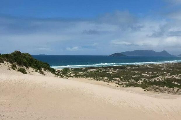Melhores praias do Brasil: Florianópolis - Praia da Joaquina - Santa Catarina