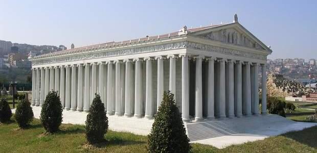 Templo de Ártemis: conheça Éfeso, na Turquia!