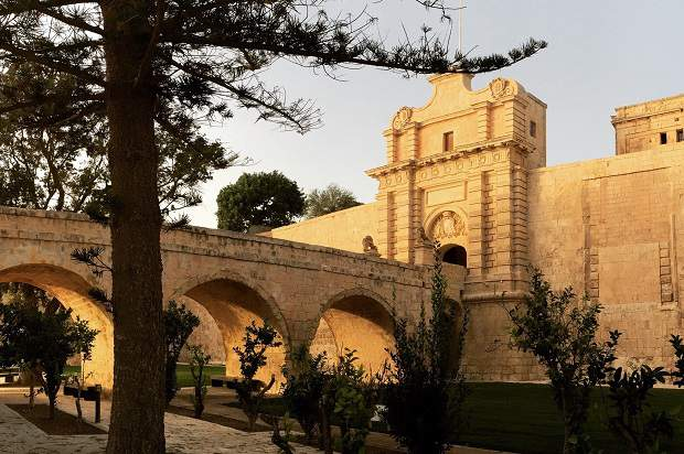 Ilha de Malta: Natureza Exuberante e História Fantástica!
