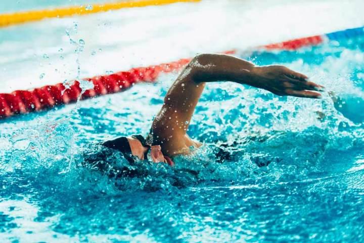 ¿Qué comer antes de nadar en una competición?