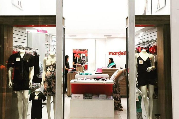 839b447835 A Mardelle trabalha com um mix de produtos variado de lingerie e roupa  íntima feminina