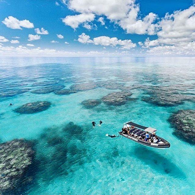 Nos vamos a la Barrera de Coral de Australia. por 740 I/V