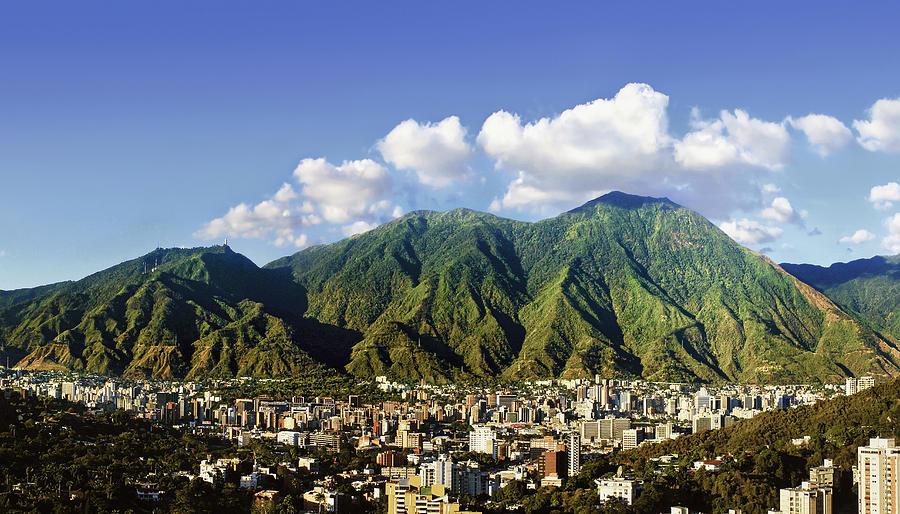 Vuelos en temporada de Navidad de Madrid a Caracas por 500 euros ida y vuelta