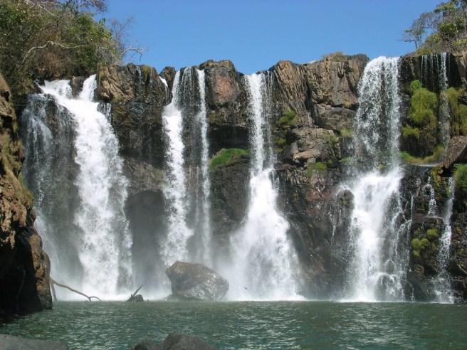 Cachoeira do Cantinho
