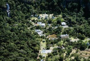 Hotel Fazenda Primavera e Cachoeira do Tuim