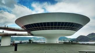 Museu de Arte Contemporânea MAC