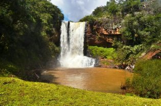 Cachoeira Salto das Andorinhas
