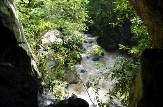 Cavernas del Río Nus