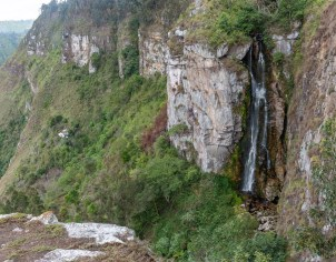 Cascada del Alto Ariari