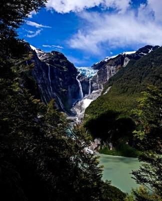 Cascada de Ventisquero Colgante/ foto Gloria Pilar Garrido Martinez
