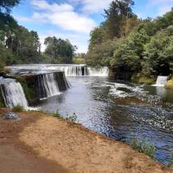 Salto del Río Dónguil/ foto Katherine Badilla