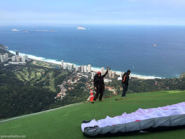 parapente na Pedra Bonita no Rio
