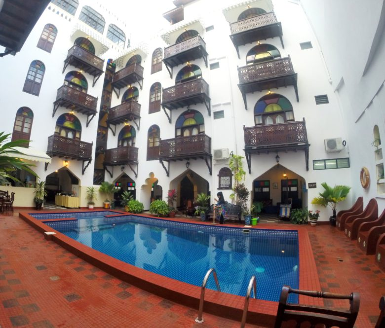 Pisicna do Dhown Palace Hotel em Zanzibar