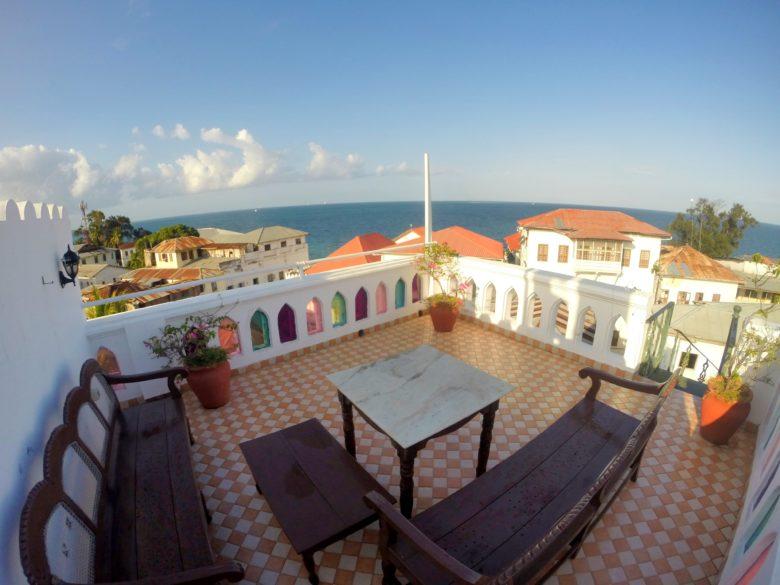 Terraço de hospedagem em Stone Town Zanzibar