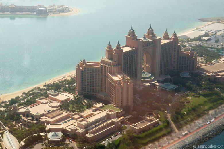 Atlantis visto de helicóptero em Dubai