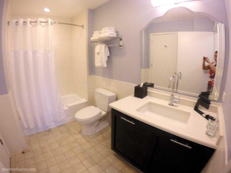 banheiro de hotel para famílias em Orlando