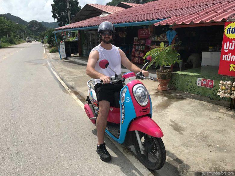 moto para rodar dentro da Tailândia